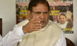 JD(U) hints at action against Sharad Yadav if he attends