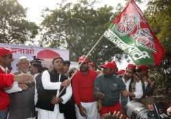 Election Commission says Akhilesh faction entitled to cycle