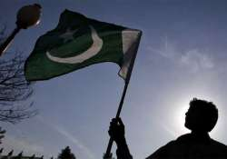 Pakistan man accuses Indian HC of detaining wife, India
