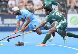 Talwinder Singh of India and Ali Shan of Pakistan battle