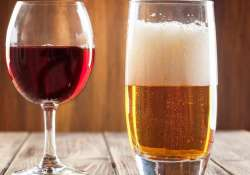 Drinking alcohol daily can increase skin cancer risk