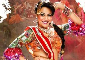 Anaarkali Of Aarah Review: Swara Bhaskar makes a powerful and stunning small-town dancer