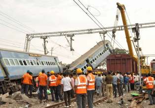 NIA may probe Hirakhand Express derailment for ISI- India Tv