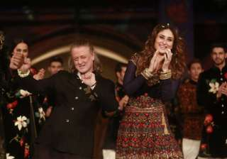 Rohit Bal with Kareena Kapoor at Lakme Fashion...