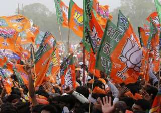BJP leaders in Faizabad held hostage by angry...