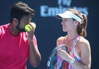 Leander Paes-Hingis crash out after loss in mixed...