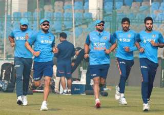 All eyes on Suresh Raina, Ashish Nehra in first...