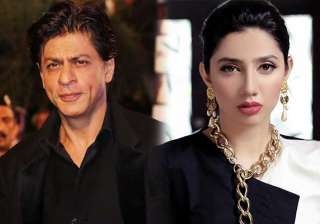 Mahira Khan's fan-girl moment with SRK is...