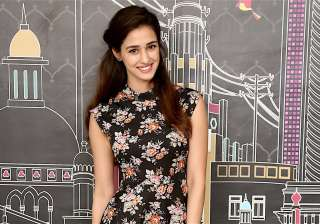 Disha Patani reveals 2 of her 3 most-favourite...
