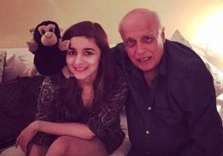 Alia Bhatt and Mahesh Bhatt - India TV