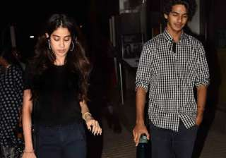 Ishaan Khattar and Jhanvi Kapoor- India Tv -...