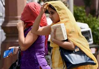 Delhi woke up to season's hottest morning in...