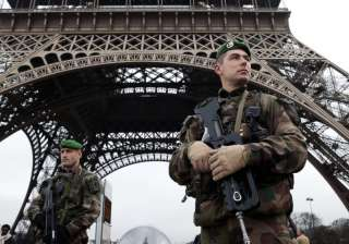 School shooting, letter bomb at IMF rock Paris;...
