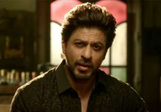 'Raees' promotion: Summons sent to SRK, Excel...