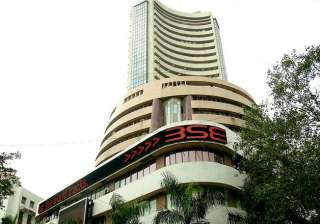 Sensex tanks 318 points, biggest fall since Dec...