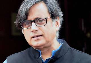 Shashi Tharoor showed mirror to Britain - India TV
