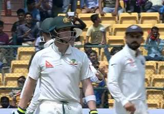 Steve Smith sought help from dressing room for...