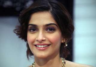 Sonam Kapoor in Padman - India TV