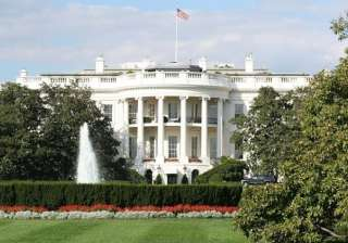 White House on lockdown after suspicious package...