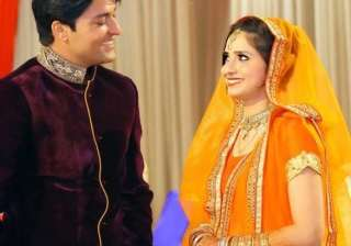 Anas Rashid gets engaged - India TV