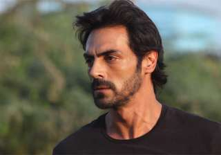 Arjun Rampal reacts on reports of him assaulting a - India TV