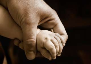 A man donates liver to save his 17-month-old daugh