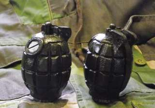 Army jawan held with 2 live grenades at Srinagar...