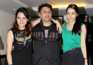 Mohit Suri enjoys with Half Girlfriend and Ek...