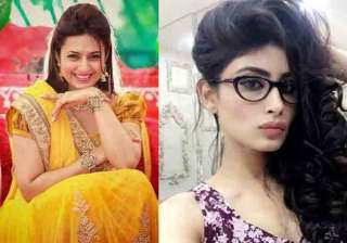 Divyanka Tripathi and Mouni Roy - India TV