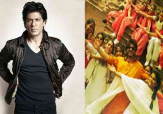 Shah Rukh Khan shares some exclusive pictures...