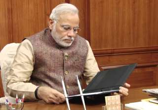 Narendra Modi, Bureaucrats, Social Media, Meetings - India TV
