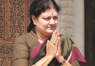 In clear defiance of rules, Sasikala met 28...