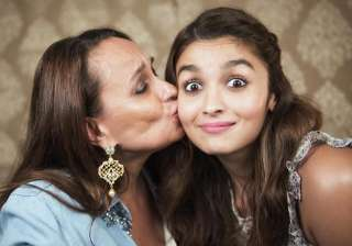 Alia Bhatt, Soni Razdan - India TV
