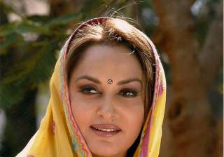 After 6 years Jayaprada returns to big screen...