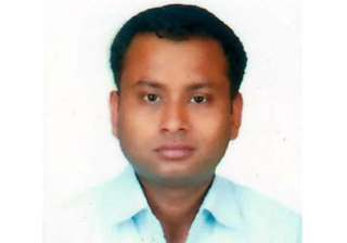 Karnataka IAS officer found dead on roadside in...