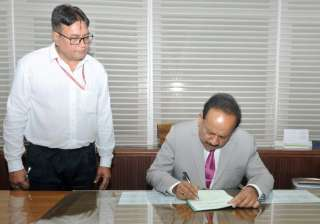 Harsh Vardhan taking charge as Minister of...