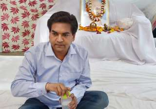 Kapil Mishra on indefinite hunger strike at his...