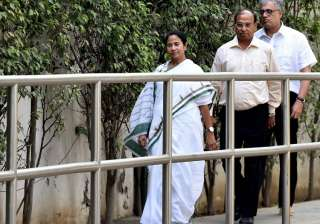 Mamata Banrejee terms raids on Chidambaram, Lalu...