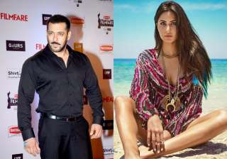salman reacted on Katrina in thugs of hindostan - India TV