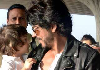 SRK thanks fans for showering so much love on abra - India TV