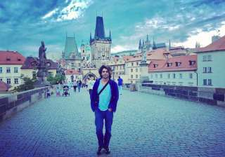 Sunil Grover's Prague pictures are giving us...