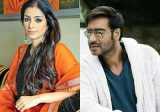 Tabu and Ajay Devgn - India TV