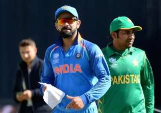 Live Scorecard and Commentary, India vs Pakistan - India TV