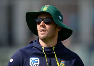 AB de Villiers of South Africa warms up before...