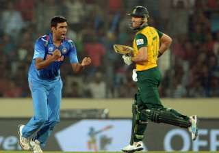 A file image of R Ashwin and AB de Villiers. -...