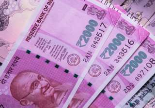 I-T seeks tip-offs on cash dealings of Rs 2 lakh...