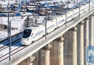 China's fastest bullet train 400km/h makes debut...