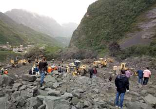 Over 100 people feared buried in southwest China...