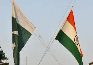 BSF, Pak Rangers hold flag meet in Jammu to...