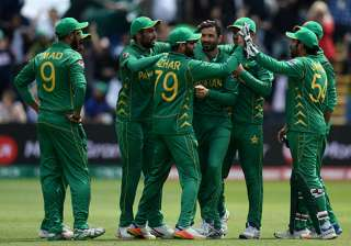Live Cricket Score Pakistan vs England Semi-final - India TV